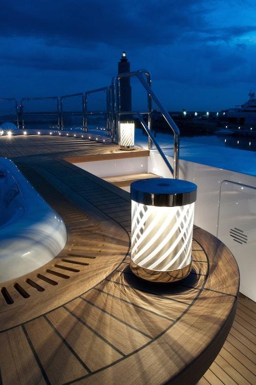 lampada stile marinaro otto su yacht