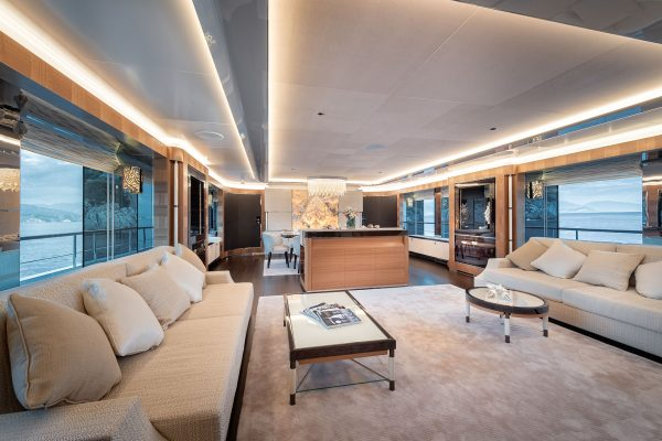 Hero Cantalupi Sunrise yacht lights